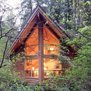 04sl Cedar Cabin With Hot Tub!