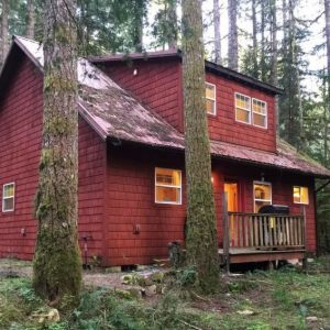 12gs Cabin W/Sweet Covered Porch!