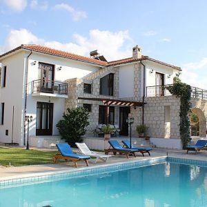 Knossos Villa